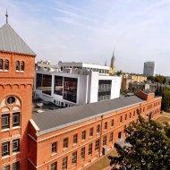 Zrewitalizowany budynek Instytutu Fiyzki Wydziały FTIMS. Fot. Jacek Szabela