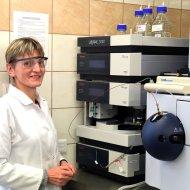 Dr hab. inż. Beata Kolesińska w laboratorium na PŁ, foto. Jacek Szabela