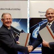Od lewej, prof. Sławomir Wiak - rektor PŁ oraz Mirosław Klepacki - prezes Zarządu Apator S.A. Fot. Jacek Szabela