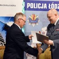 Podpisanie umowy o wspópracy pomiędzy PŁ i Komendą Wojewódzką Policji w Łodzi. fot. Jacek Szabela
