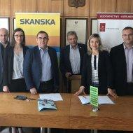 Podpisanie umowy pomiędzy Wydziałem BAIŚ i firmą Skanska.