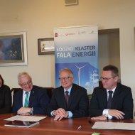 Przedstawiciele Klastra Fala Energii po podpisaniu umowy z RSM Bawełna