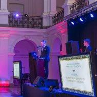 Przy mównicy - przewodniczący Samorządu Studenckiego PŁ- Dominik Leżański podczas odbierania nagrody
