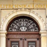 Wejście do rektoratu PŁ, fot. Jacek Szabela