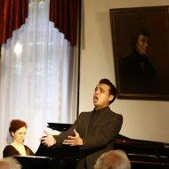 MINGYI WANG - sopran (Chiny), NIKHIL GOYAL - baryton (India), JULIA LASKOWSKA - fortepian
