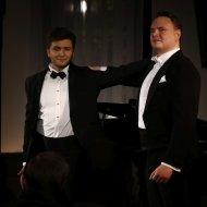 Dawid Kwieciński - tenor, Arkadiusz Anyszka - baryton, Julia Laskowska - fortepian