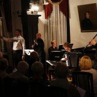 Arkadiusz Anyszka - baryton, Aleksander Stachowski - akordeon, Błażej Szostak - fortepian, Bartosz Skibiński - skrzypce, Dominik Domińczak - klarnet
