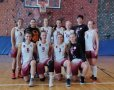 Zespół koszykarek PŁ z trenerką Daivą Jodeikaite