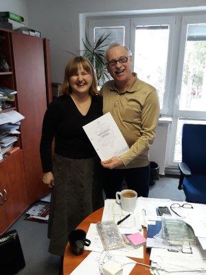 Dr inż. Anna  Karczemska z prof. Peterem Loudą, fot. archiwum A.K.