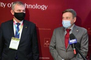 Od lewej prof. Krzysztof Jóźwik, rektor PŁ i ambasador Danii w Polsce - Ole Toft, fot. Jacek Szabela