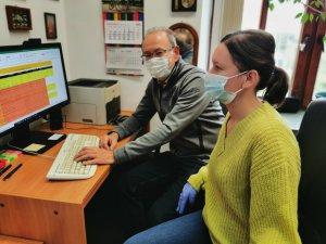 Prof. Ireneusz Zbiciński i dr inż. Dorota Siuta wspólpracujacy przy projekcie w programie Horyzont 2020, foto:Dorota Michalak