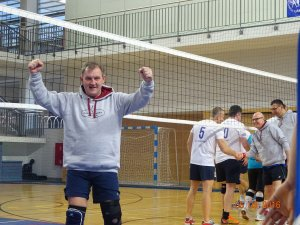 Professor Krzysztof Jóźwik after winning a game of volleyball. Photo: Personal collection