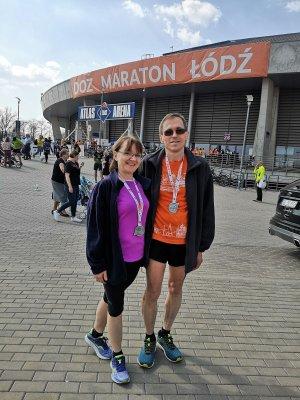 prof. M.Wójcik z żoną przed Atlas Arena w Łodzi - 2019 r. fot. arch. prywatne