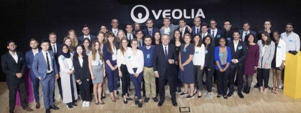 Student PŁ wygrał konkurs Veolii. W nagrodę pojechał do Francji