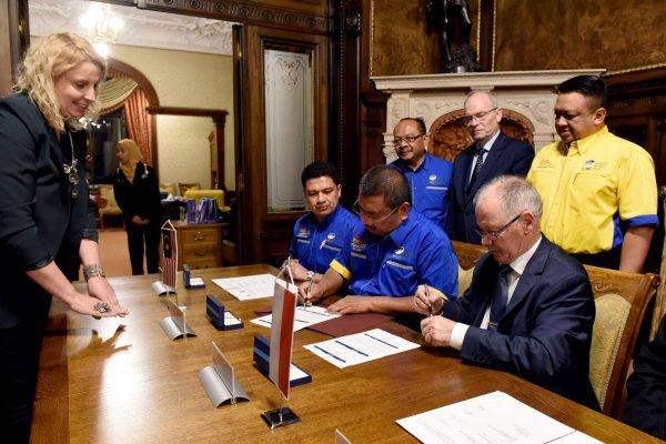 Książę Malezji z wizytą w Politechnice Łódzkiej