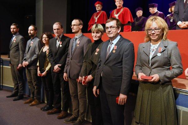 Pracownicy PŁ nagrodzeni podczas uroczystego Senatu, 13 listopada, fot. Jacek Szabela