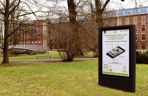 Citylight informing about the action Spring cleaning on Lodz University of Technology